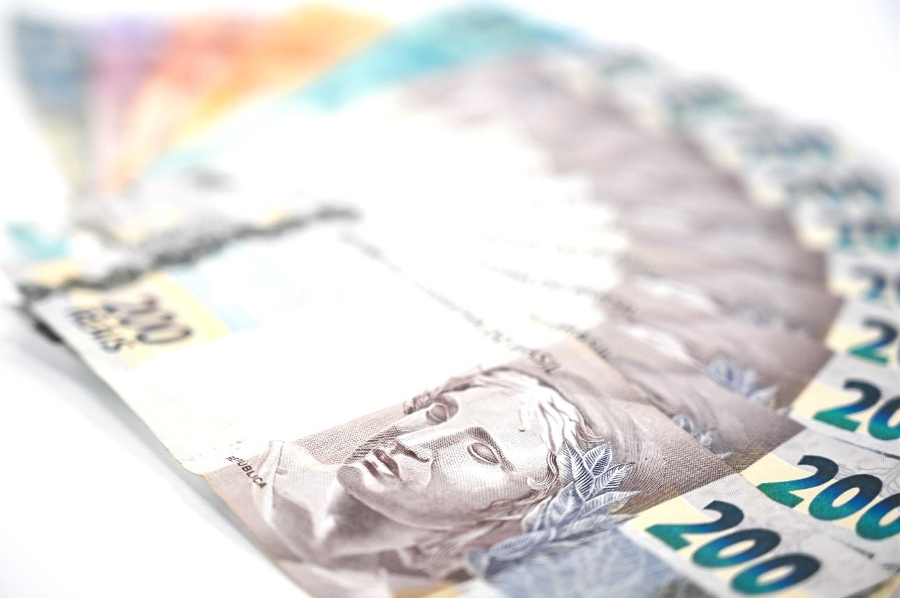 Cédulas e moedas em circulação no Brasil