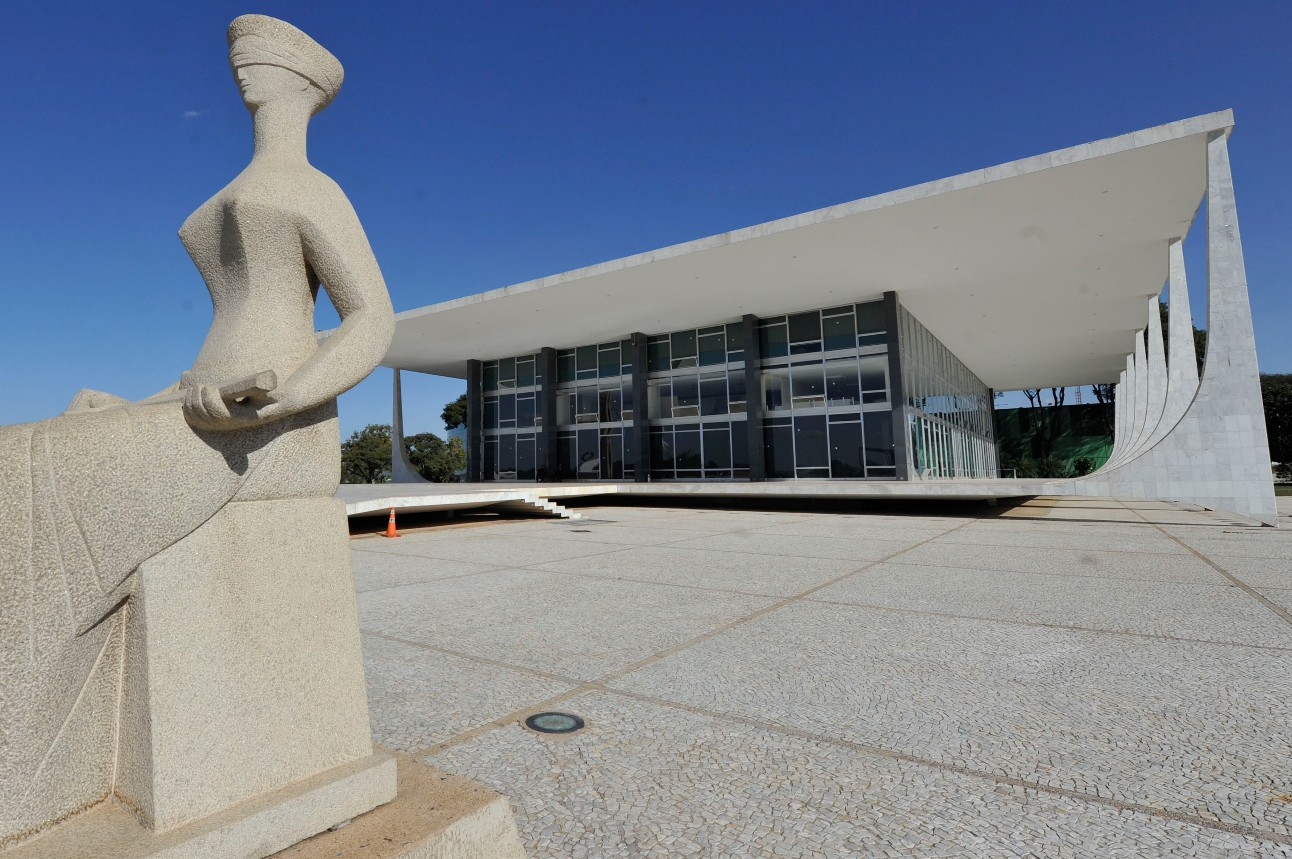 Supremo Tribunal Federal. Estátua da Justiça