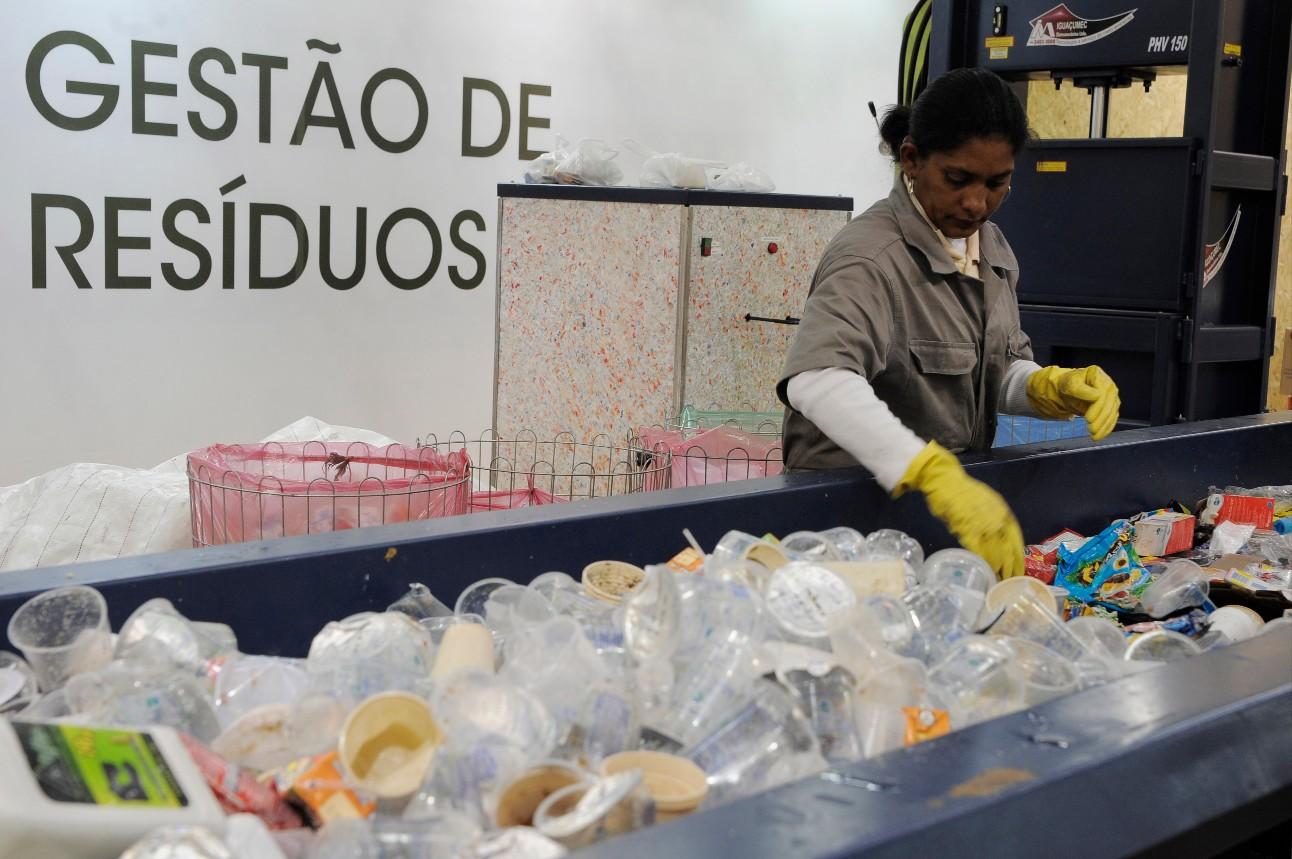 Gestão de Resíduos Sólidos, reciclagem de lixo