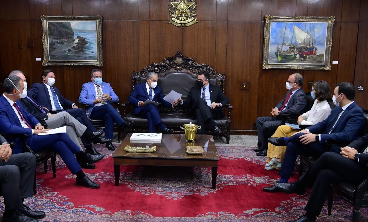 Encontro do presidente da CNI, Robson Braga de Andrade. com o presidente do Senado, Rodrigo Pacheco