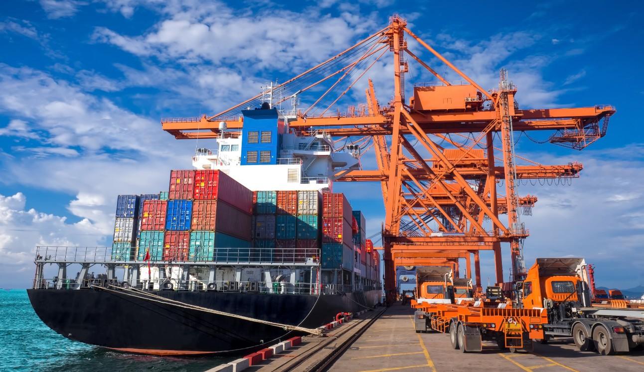 O levantamento da CNI aponta que a pandemia de Covid-19 provocou uma redução na quantidade de navios e escalas programadas em portos brasileiros
